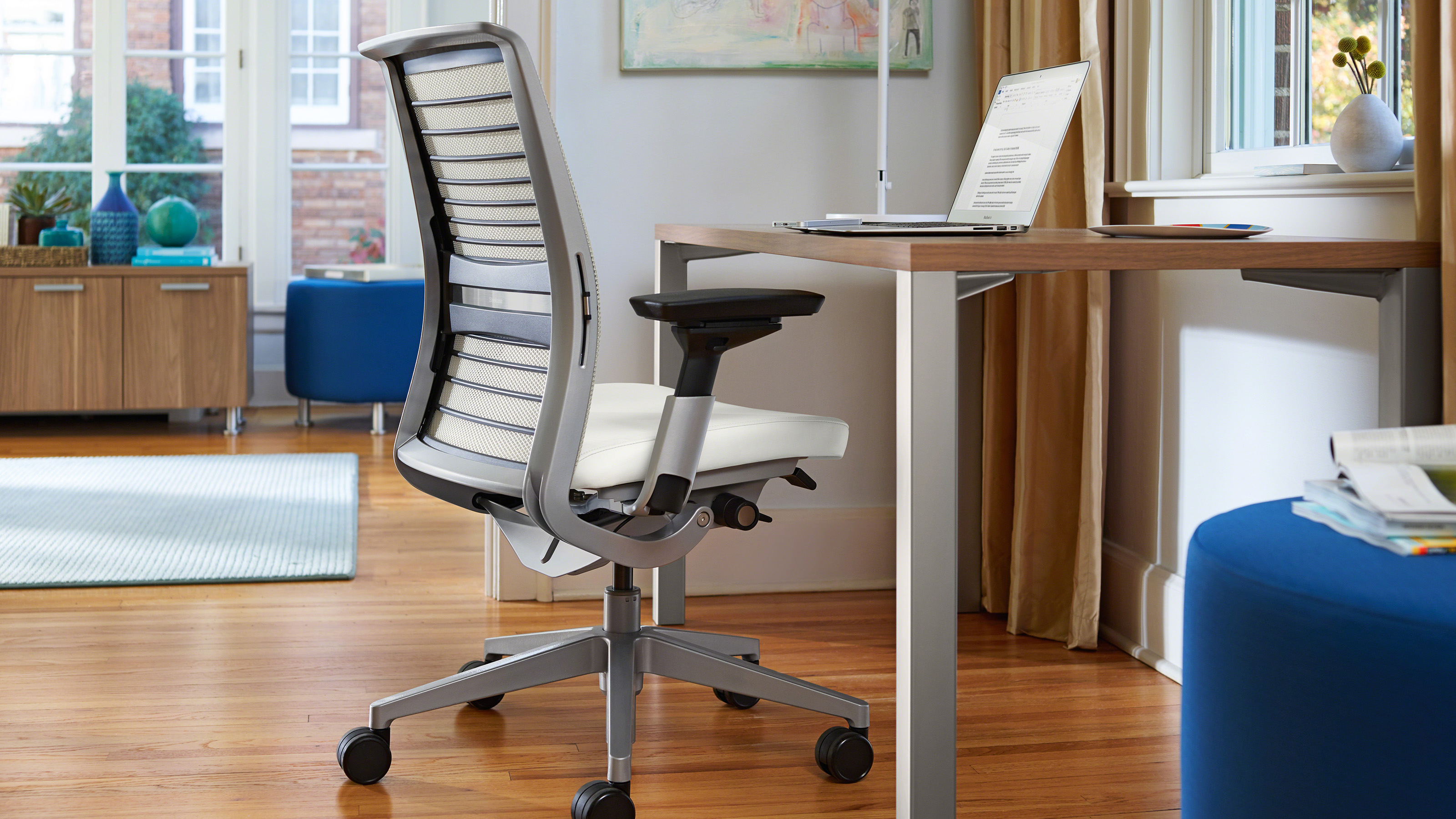 Think desk chair