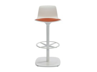 Enea Lottus Seating by Coalesse