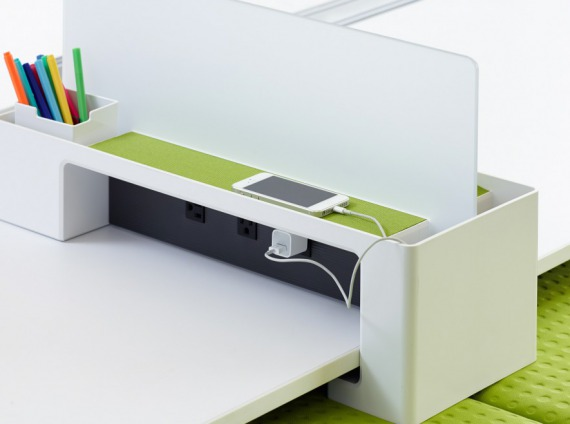 SOTO launch pad + Divider Screen by Steelcase