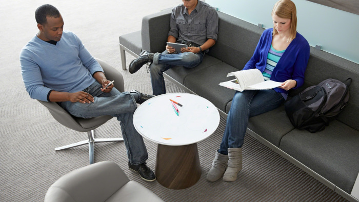 Learning Spaces – In-Between Spaces by Steelcase