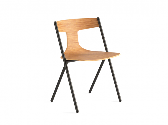 Quadra Chair in wood