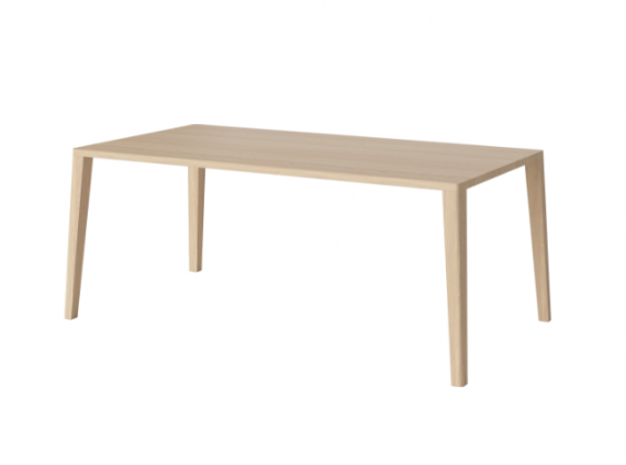 Graceful wood Dining Table by Bolia